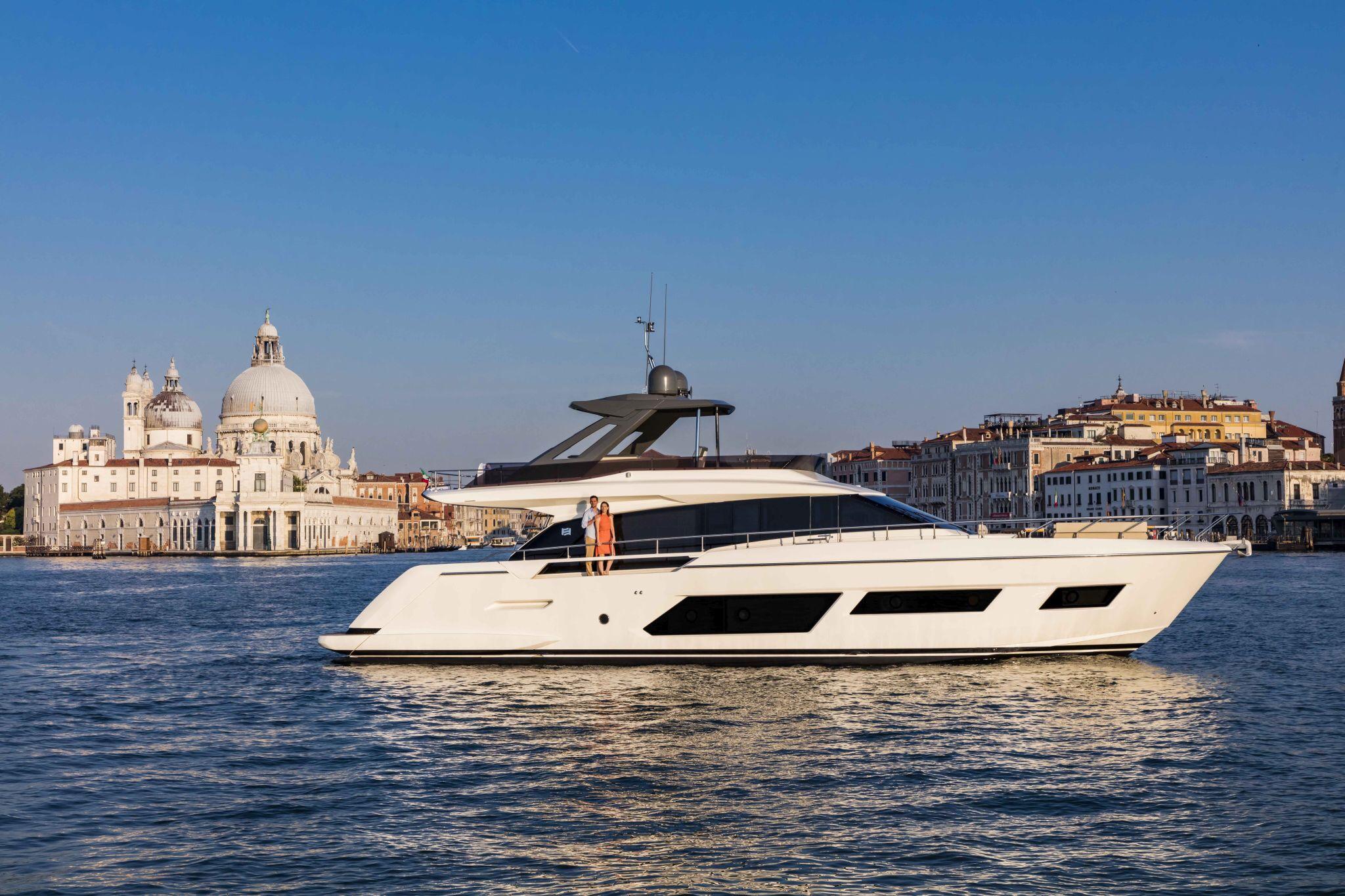 ferretti yachts 670 ferretti group JMA Yachting Port Fréjus Var vente location neuf occasion places de port