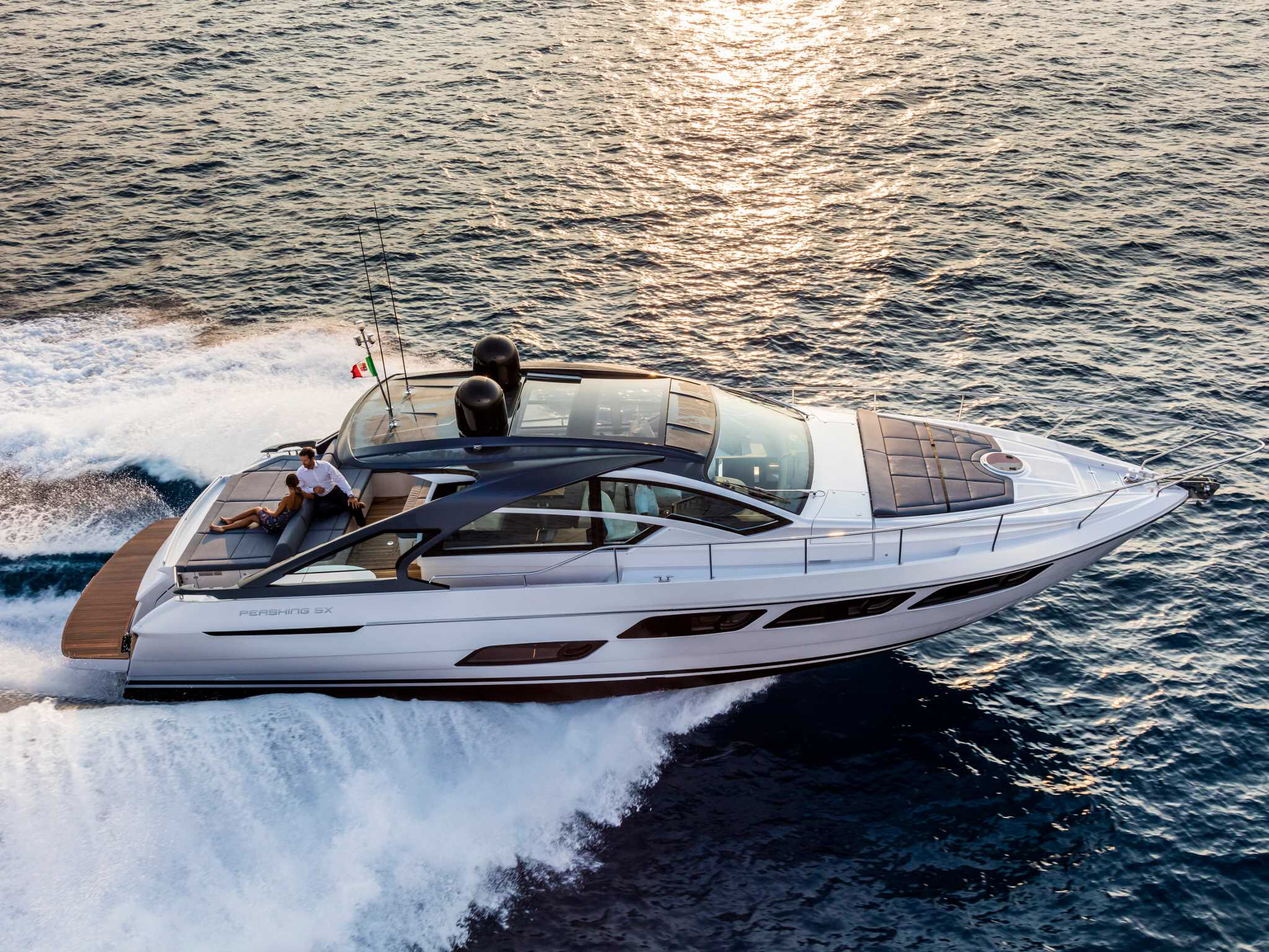 ferretti yachts ferretti group pershing yachts pershing 5X JMA Yachting Port Fréjus Var vente location neuf occasion places de p