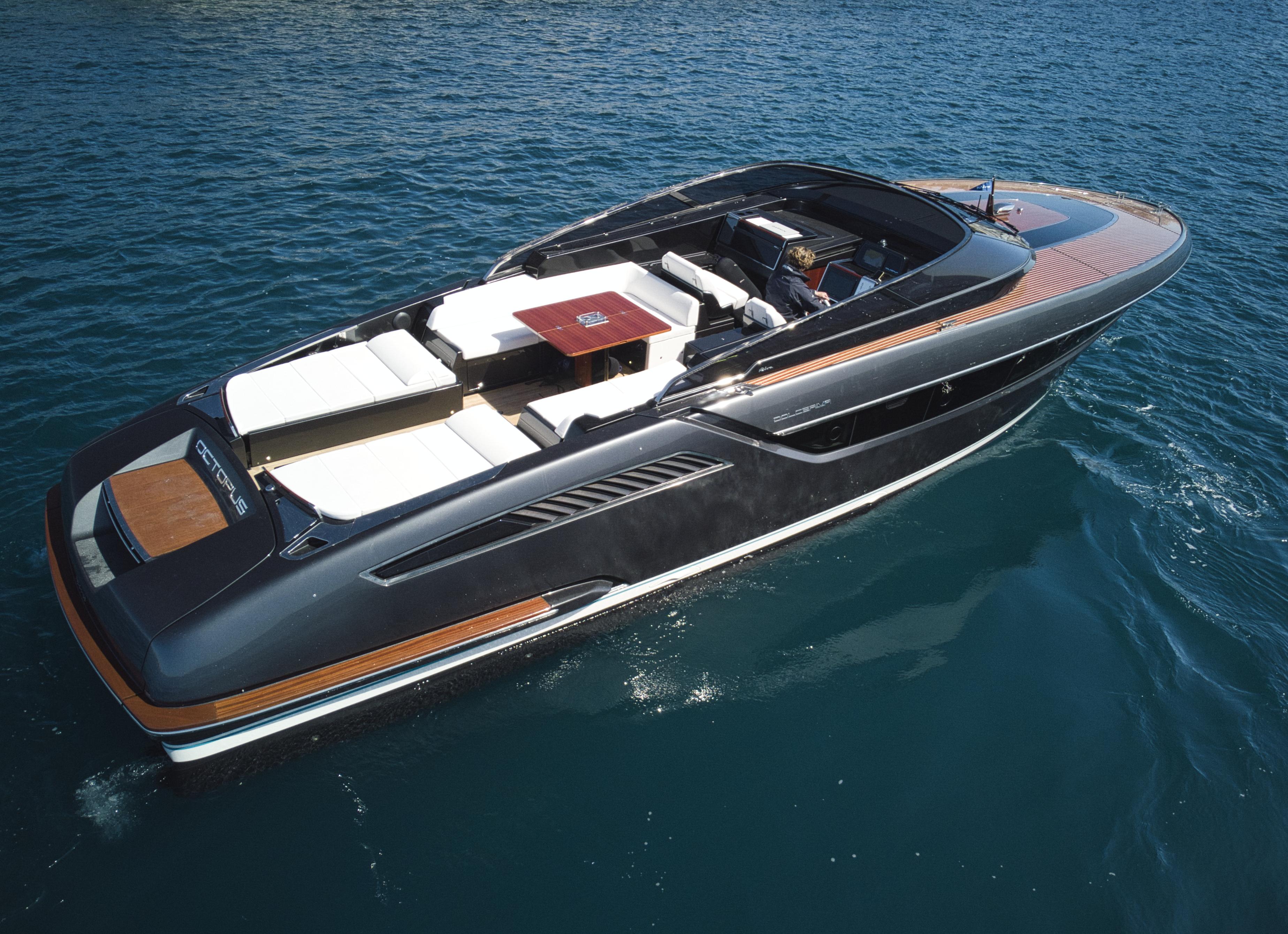 location bateau Riva Dolce Riva 48