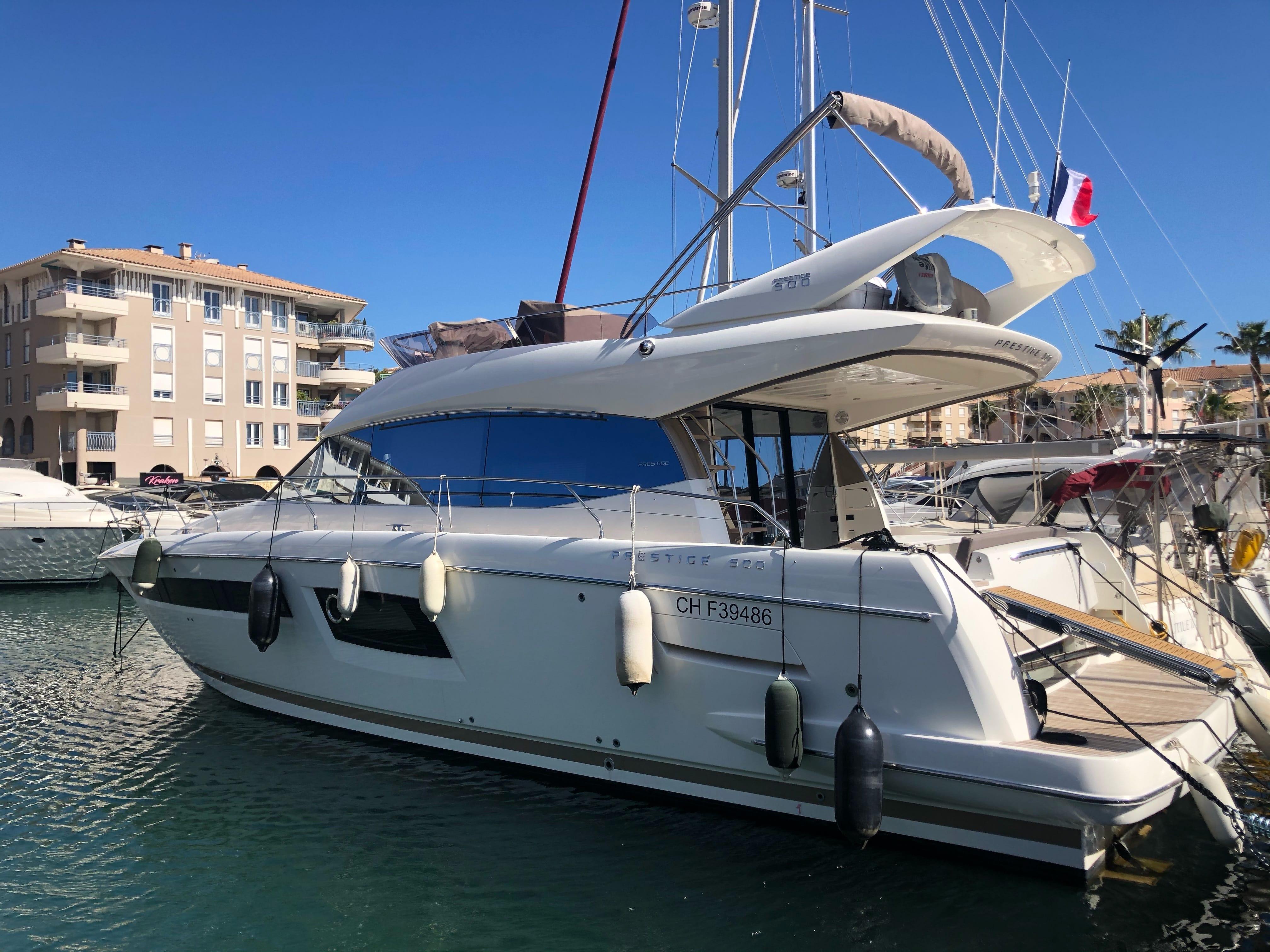 location bateau Prestige 500
